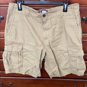 Chap's Men's Cargo Shorts, size 36